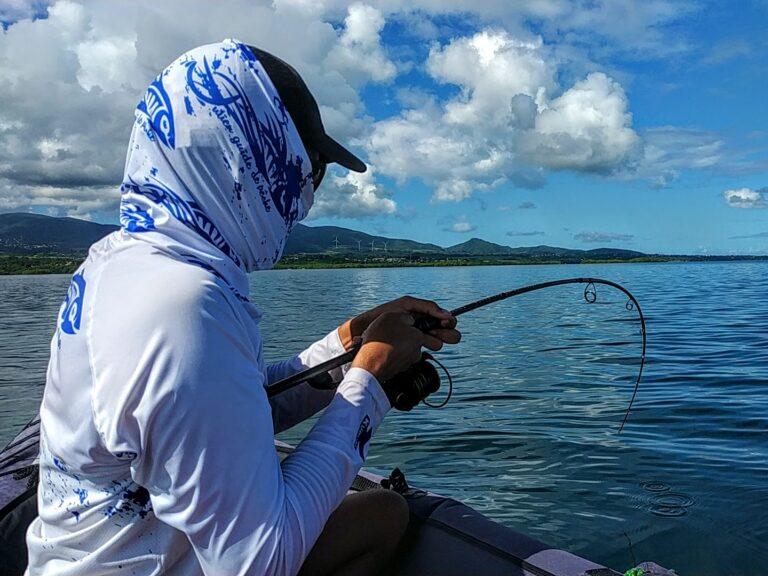 Pêcher le barracuda avec les cannes bone voyage